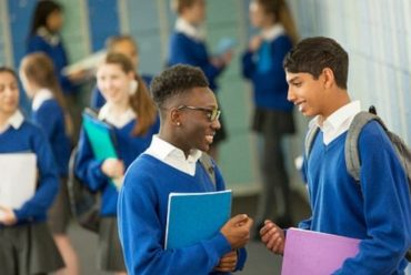 Fewer pupils expecting to go to university, says survey